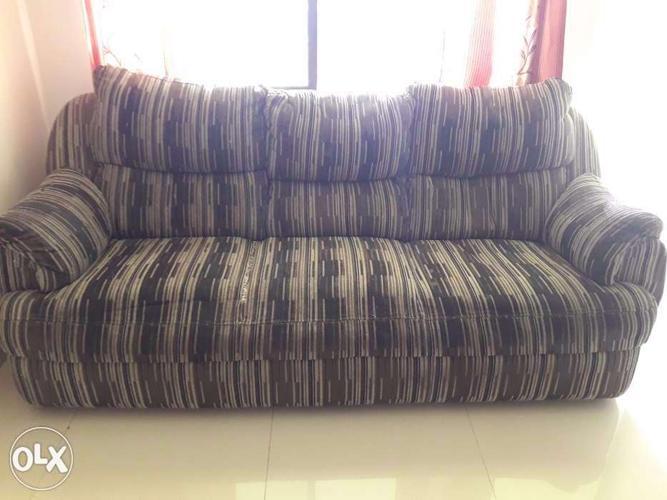 03 seater sofa