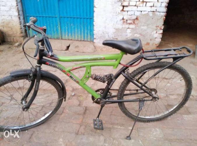 1 year old cycle and and back tair or tube new h.all