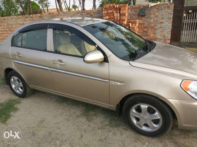 2009 Hyundai Verna diesel 76000 Kms