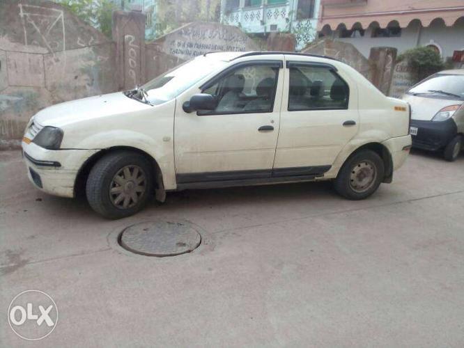 2013 Mahindra Verito diesel 121500 Kms