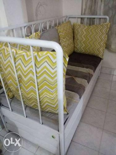 Sensational 20 Days Old Iron Rod Sofa With Box For Sale In Mumbai Pdpeps Interior Chair Design Pdpepsorg