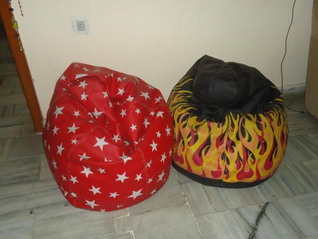 2 bean bags for sale for rs 2500 total for sale in jalandhar punjab classified. Black Bedroom Furniture Sets. Home Design Ideas