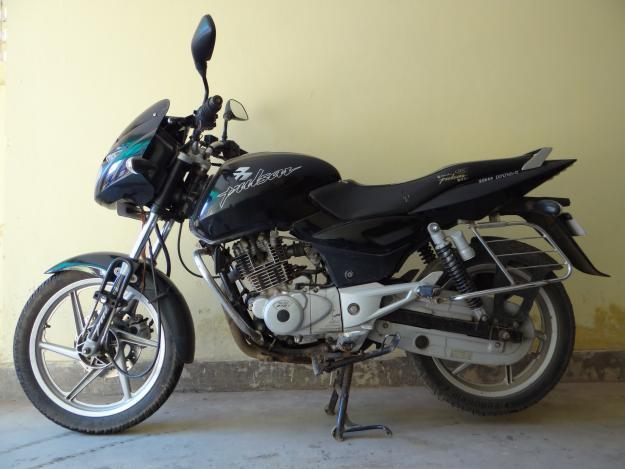 3 Year old Pulsar-150 for sale