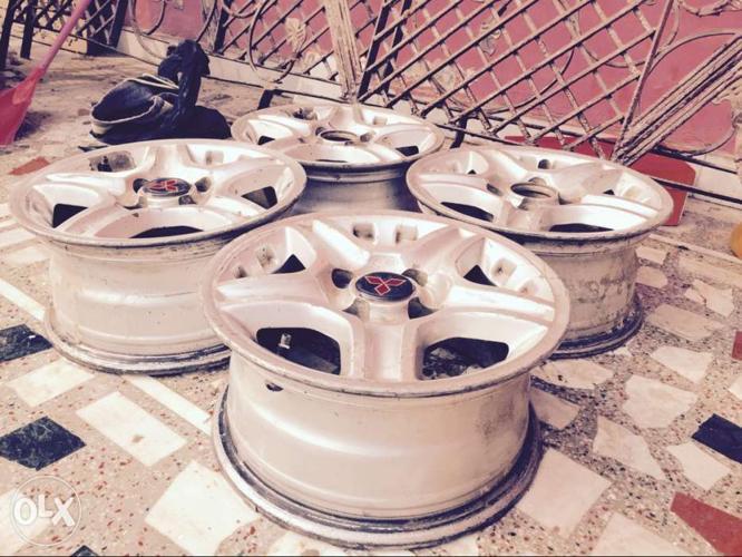 4 wheels for wagonr santro i10 i20 kwid alto etc