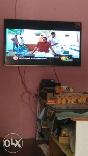 55inch led tv Android 4k tv 4 months old.. 2years