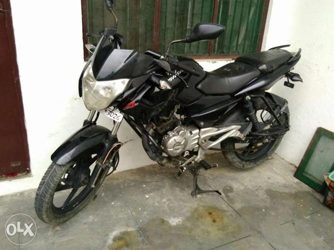 A pulsar single handed bike in a good condition