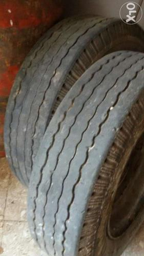 Auto tyre good condition with disk 60%
