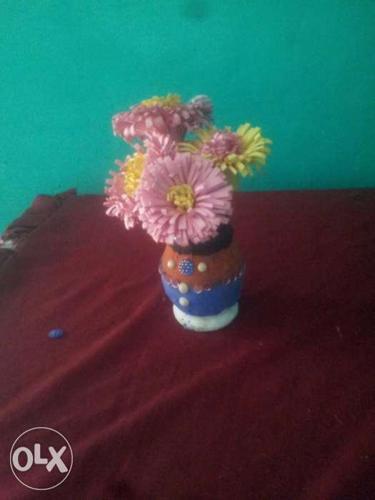Beautiful flower of kagaj like this