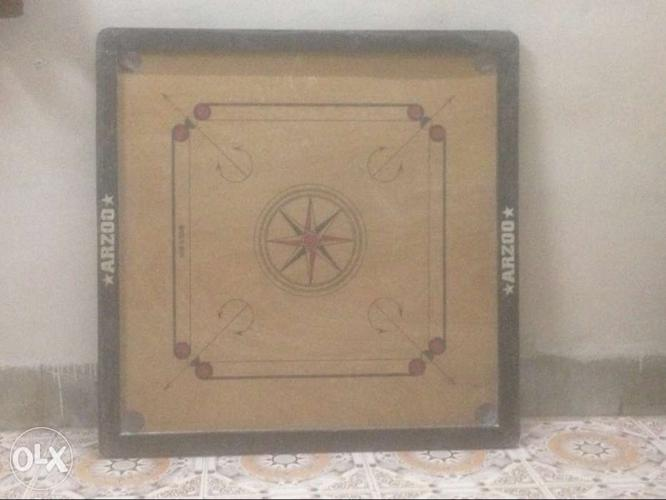 Black And Brown Arzoo Carrom Board