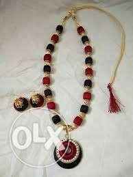 Black, Red, And Brown Beaded Necklace Matching With