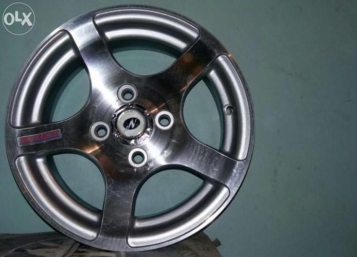 Brand new Neo wheel alloys for sale!!