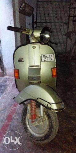 Buy a LML VESPA scooter 14000 kms driven only for Sale in Patna