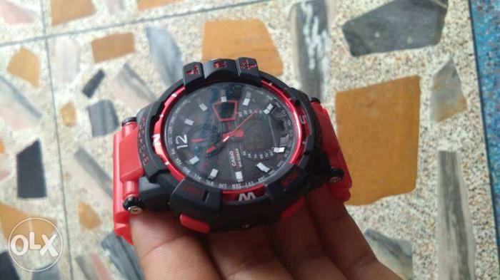 Casio G-Shock Analouge-Digital Chronograph Watch