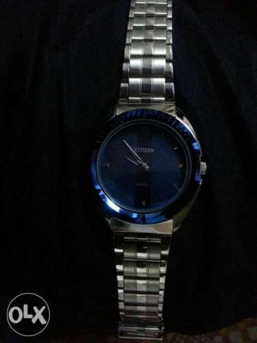 Citizen original Blue Round Face With Silver Link Strap