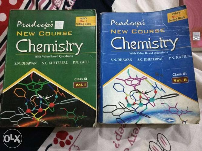 Class 11 pradeep chemistry book(flat 65% discount) for Sale