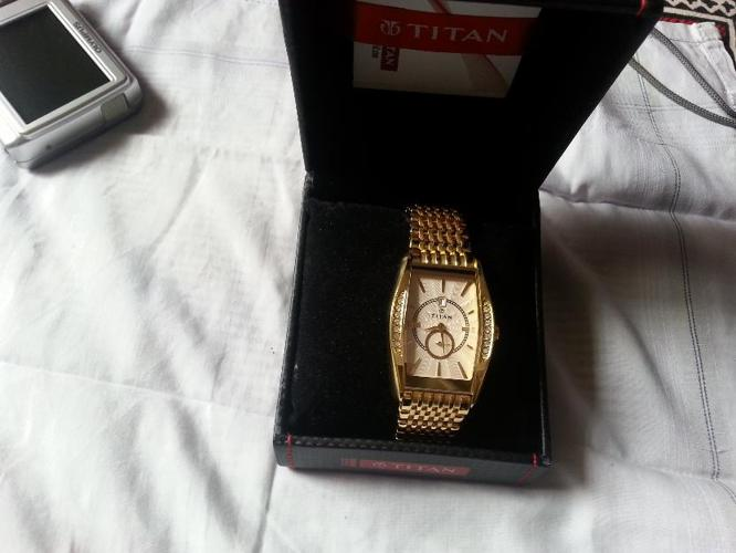 Titan Golden Watches