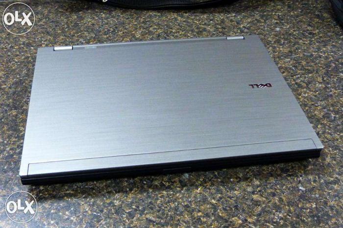 Core i7 PROCESSOR dell lattitude laptop with 4gb ram,
