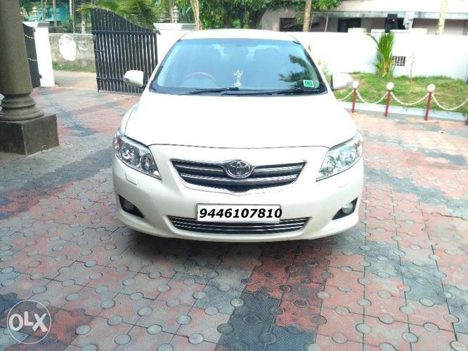 Corolla Altis full option 2010 December model
