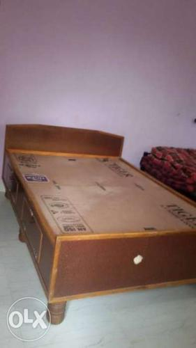 Cot 4 *6 ft Box type with storage  Address for Sale in