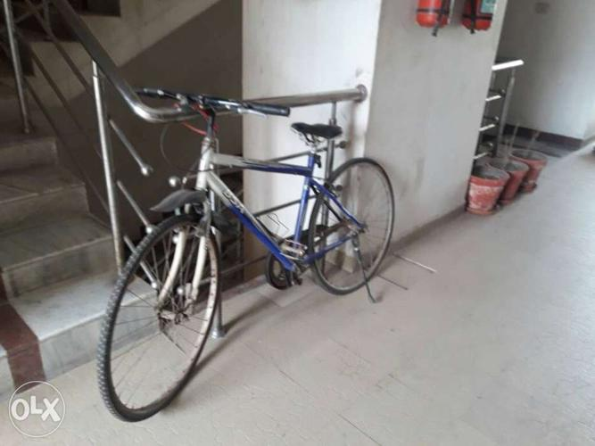 Cycle in good condition contact