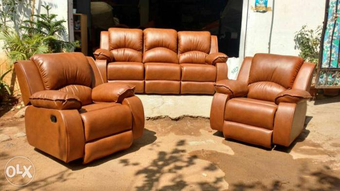 Factory outlet recliners with warranted.we r the