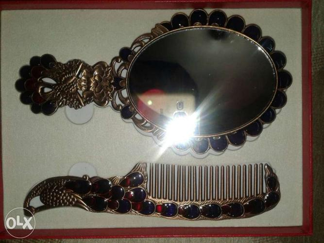 Fancy mirror & comb for sell