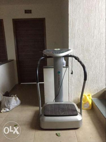 Fit Massager BodyMassager with Vibration Plate