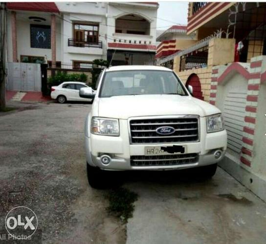 Ford Endeavour diesel 112000 Kms 2007 year