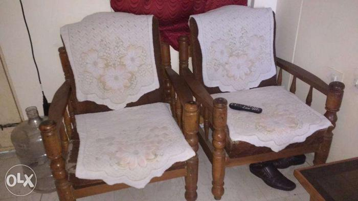 Admirable Gently Used Sofa Set Hyderabad With Center Table For Machost Co Dining Chair Design Ideas Machostcouk