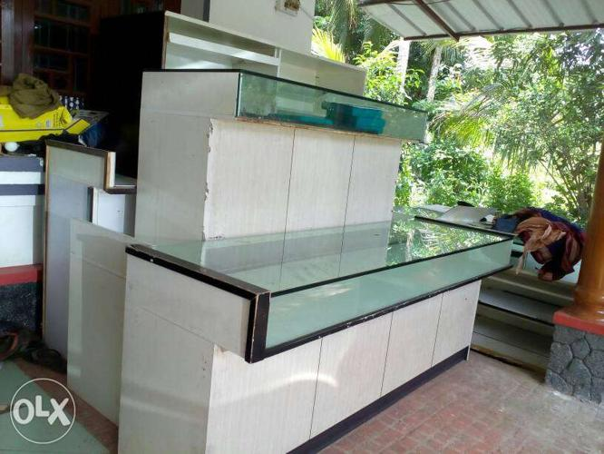 Glass top jewellery and mobile shop counter