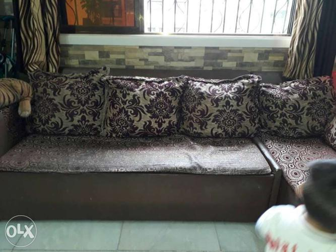 Gray And Black Floral Sectional Sofa