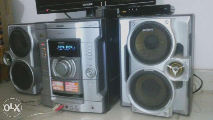 Gray And Black Sony Shelf Stereo