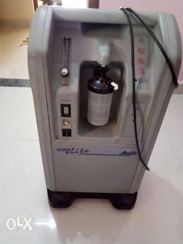 Gray color Airsep Lite O2 concentration machine