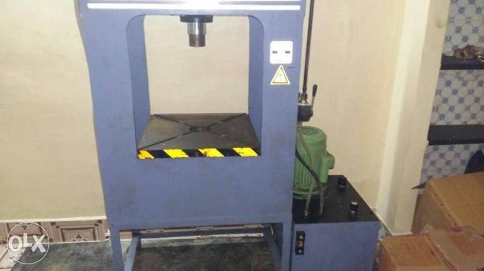 Gray Mini Hydraulic Press