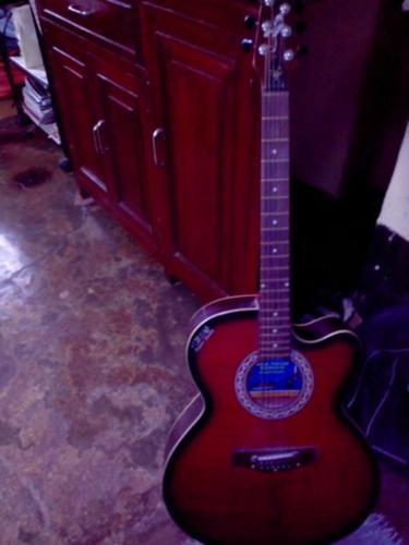 Guitar Yemaha