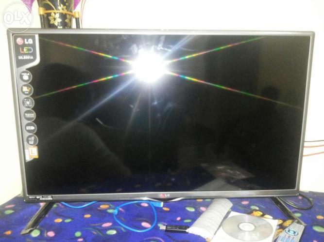 Hi friends I want to sell my lg led tv
