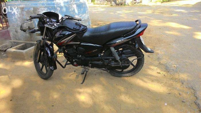 Honda shine black 2011 model
