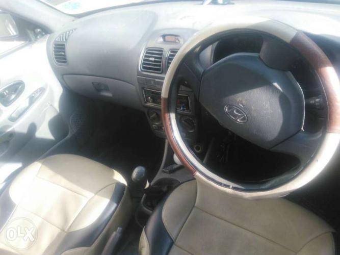 Hyundai Accent petrol 80000 Kms 2001 year