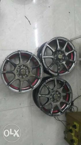 I want sell my car 14 inchs alloy wheels 03