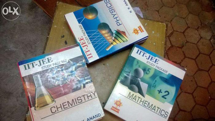 IIT JEE MAINS and ADVANCED BOOKS(Physics,Chemistry AND
