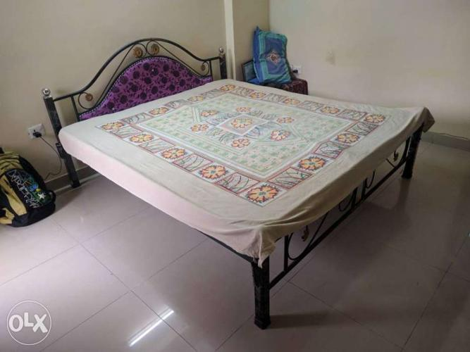 King size bed with mattress free