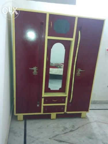 Large size Almira in new condition