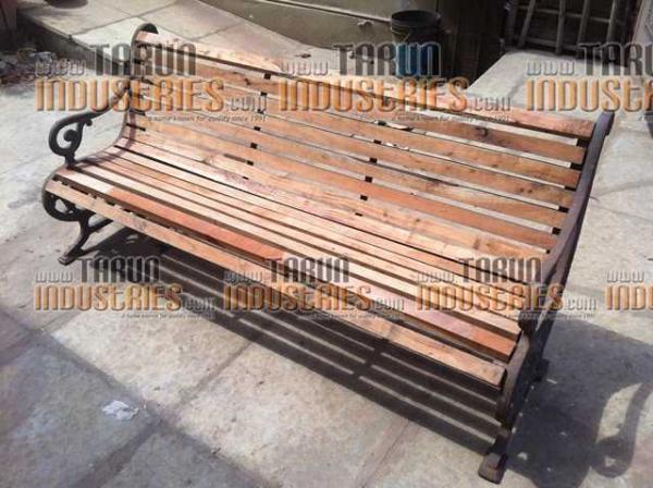 Lawn and garden benches furniture just only for Lawn and garden furniture