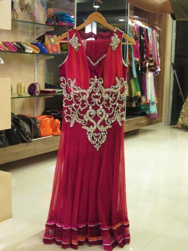 maharashtra clothing Explore the various arts and crafts form of the state of maharashtra.