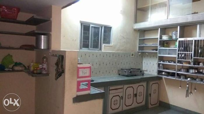 Need urgent 1 female roommate as student. All the