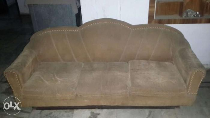 Perfect coondition sofa set of 5 peices