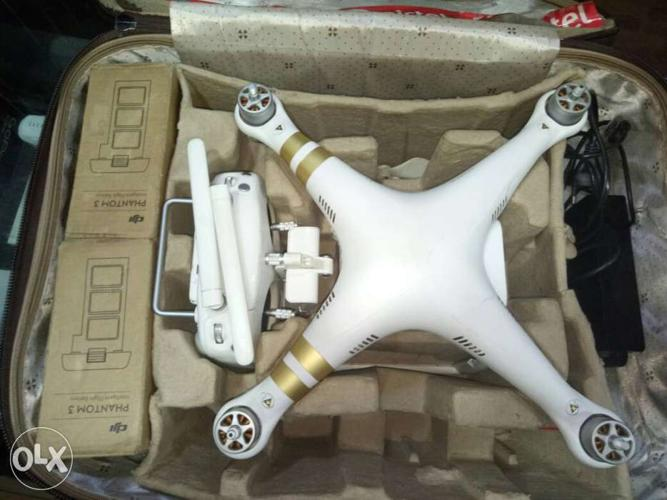 Phantom 3 Pro With 2 Battery with Bag