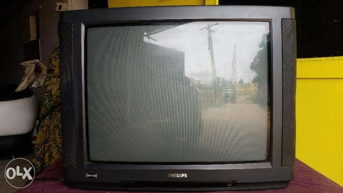 Philips 25 inch semi flat tv in good running condition