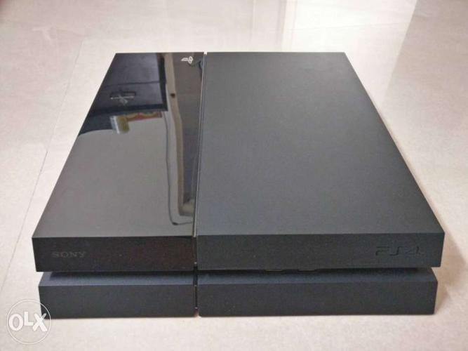 PlayStation 4 Mint condition