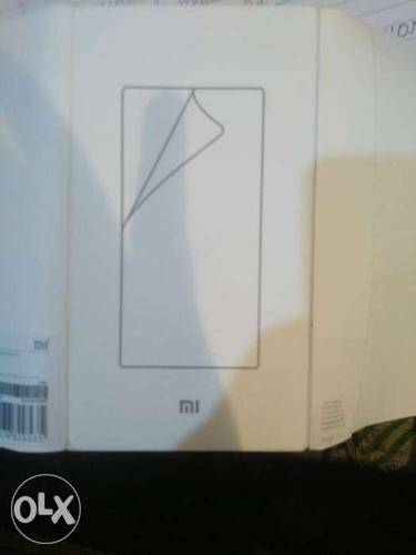 Red mi note 4 screen guard ,only 100 not